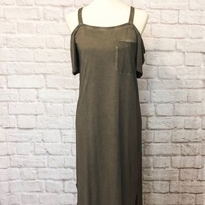 Cloth and Stone Cold Shoulder Dress